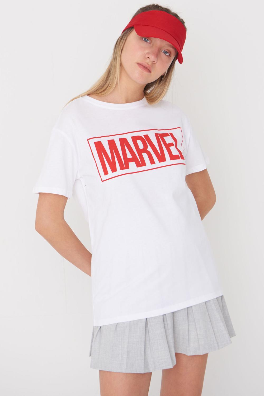 MARVEL Yazılı Tişört P0424 – H11 Beyaz