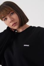 Bayan Siyah Yazı Detaylı Sweatshirt