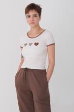 Bayan Beyaz Kalp Baskılı T-shirt
