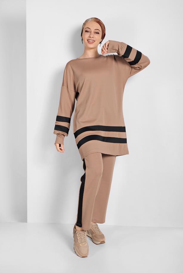 Female  camel modası
