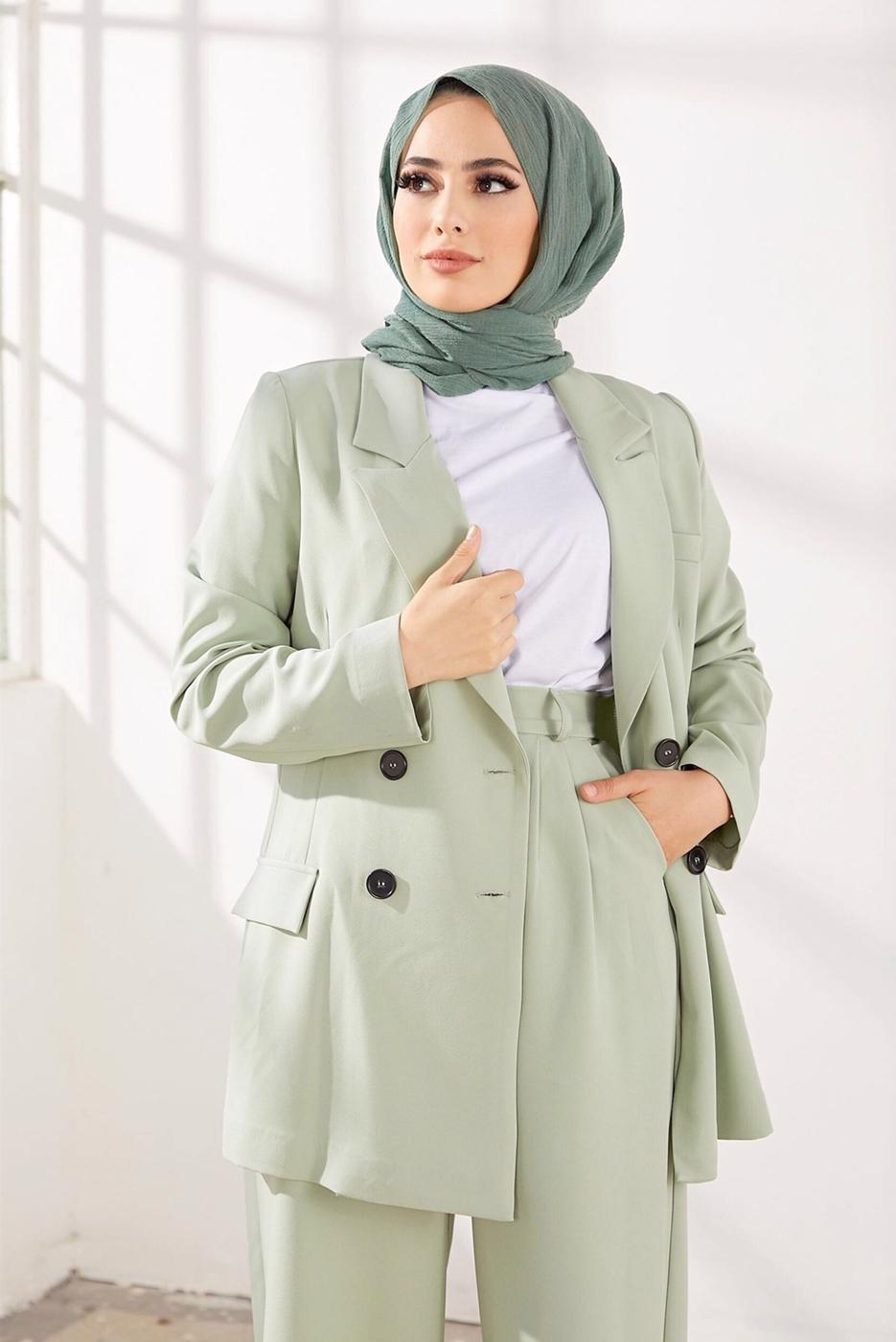 Female GREEN BUTTONED SUIT WITH PANTS 2900