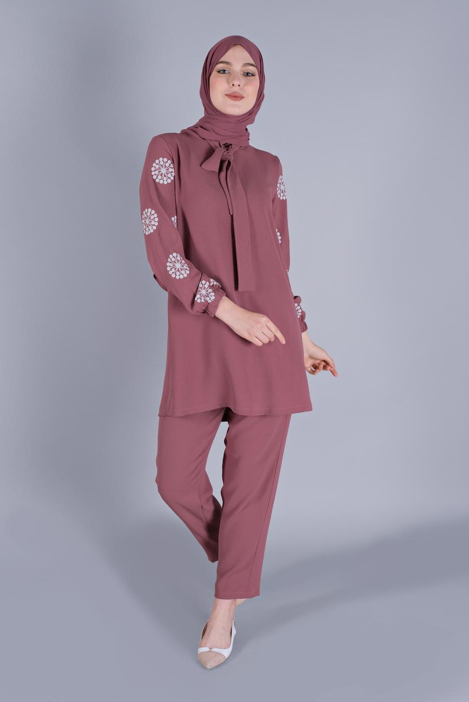 Female PINK PANTS SUIT 5666